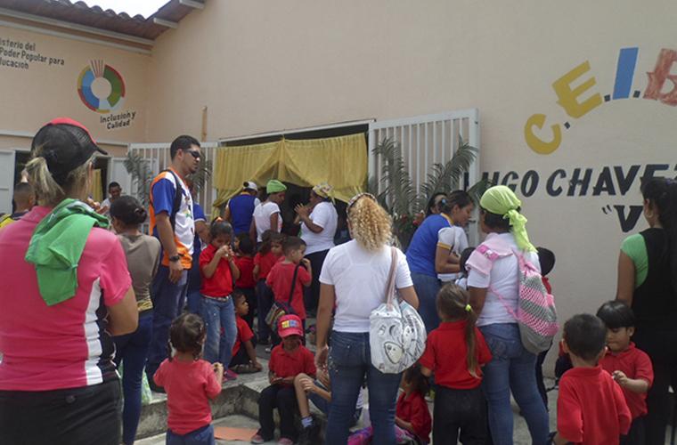 Inparques Yaracuy conmemora Día de San Juan junto a niños del C.E.I.B.S Hugo Chávez Frías