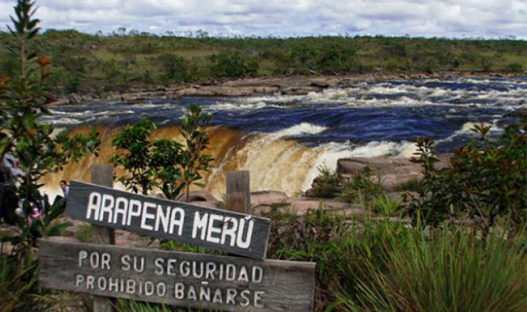 Cortinas del Yuruaní: Salto que inmortalizó la vida del Cacique Arapená Merú