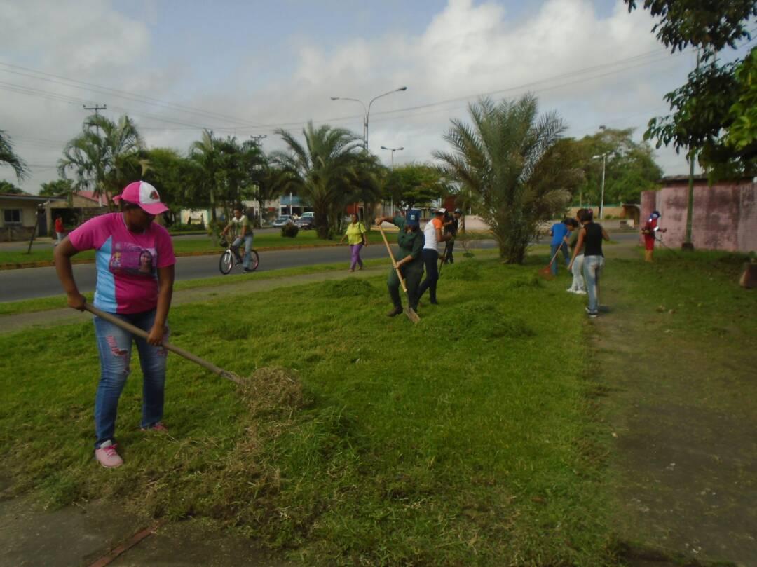 Parque Central Tucupita embellece sus espacios para la temporada vacacional