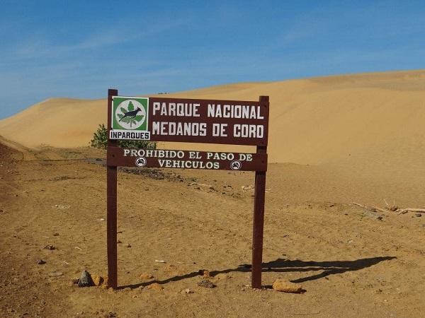 Resultado de imagen para Se crea el Parque Nacional Los Médanos de Coro (1974).