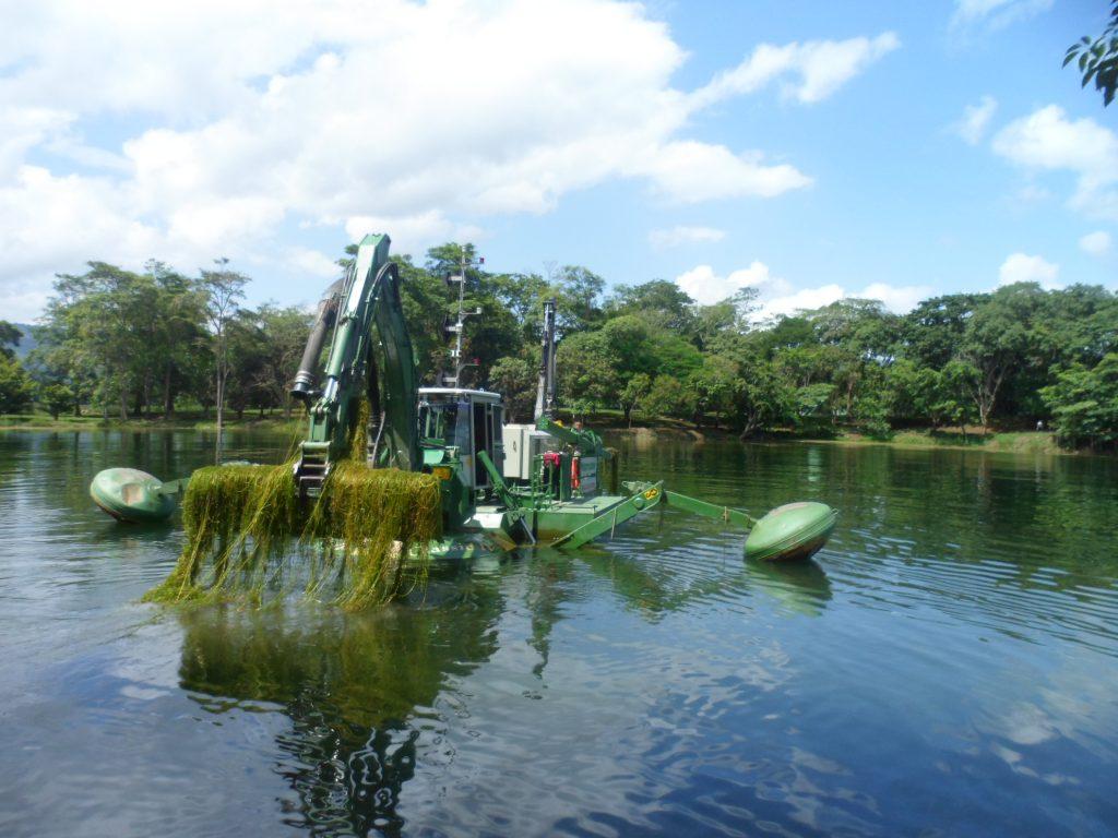 Avanzan trabajos de dragado en el Parque Recreacional Embalse Cumaripa de Yaracuy