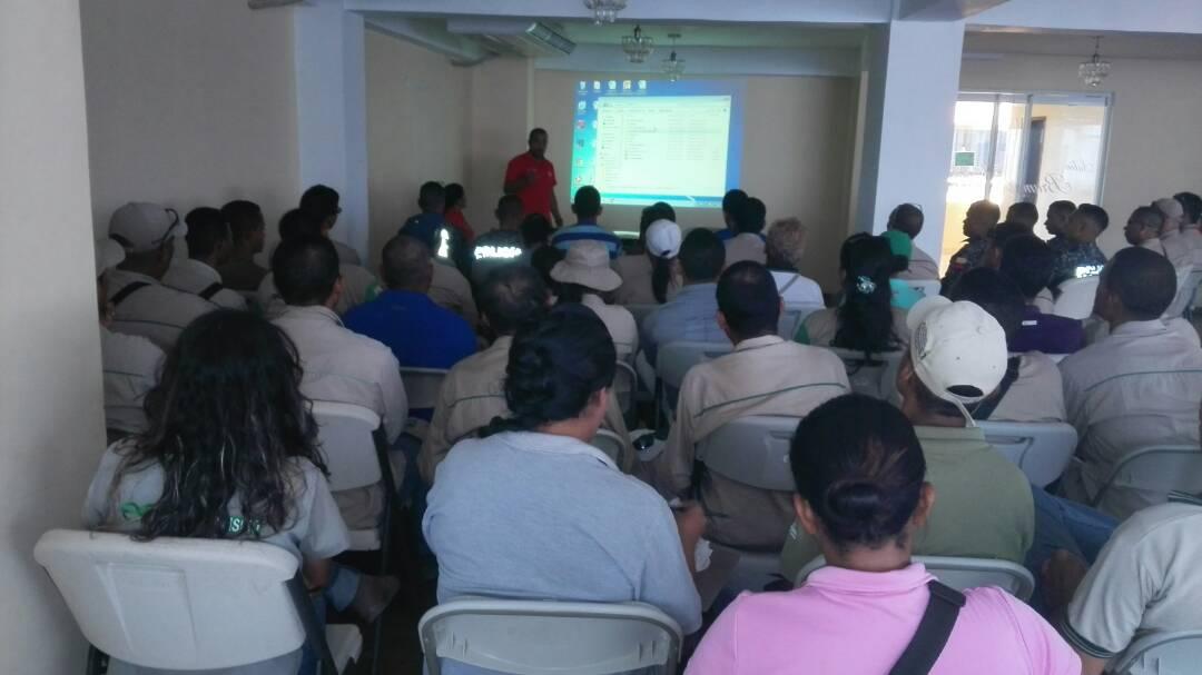 Taller sobre resolución de conflictos recibieron servidores públicos del Parque Nacional Morrocoy
