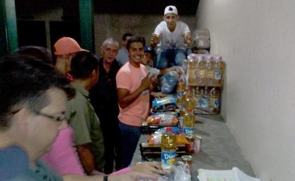 Vendieron 1,2 toneladas de alimentos a trabajadores de Inparques Mérida