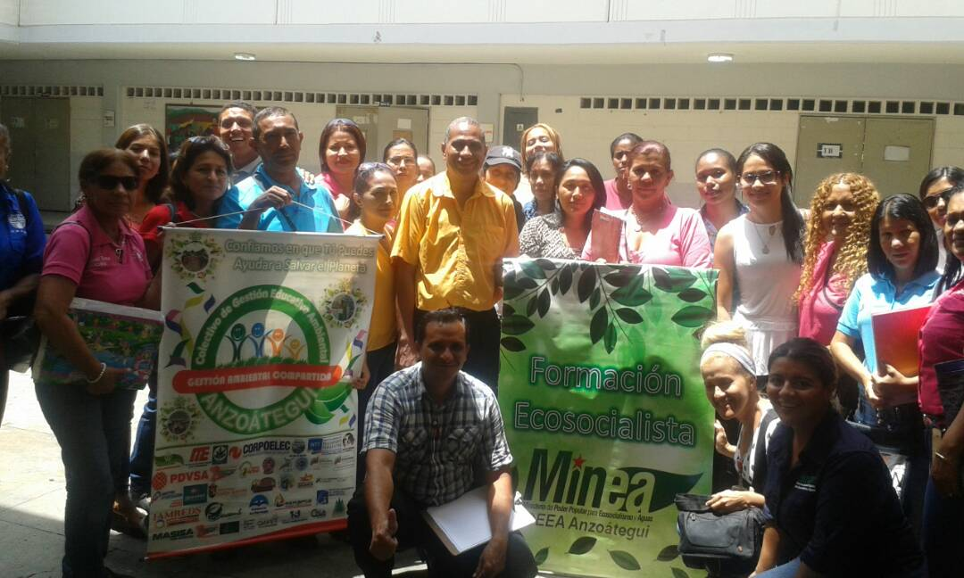 Docentes y servidores públicos de Anzoátegui debaten propuestas para educación ambiental