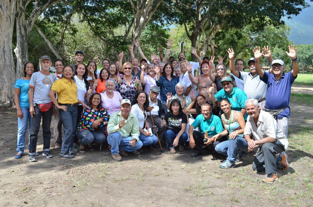 Jubilados de Inparques disfrutaron  de un reencuentro en el Parque Francisco de Miranda