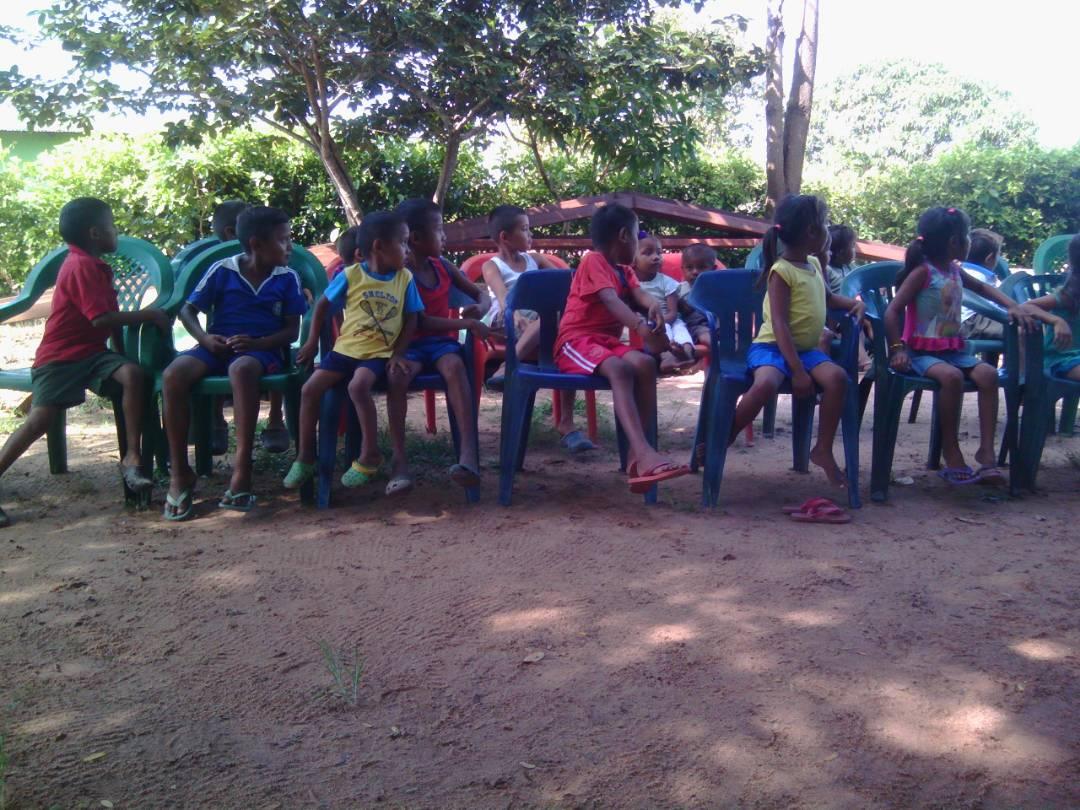 Niños indígenas fueron atendidos en jornada recreativa en el Parque Nacional Santos Luzardo
