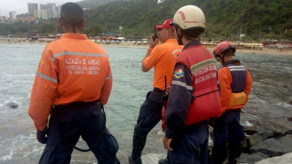 Activan alerta preventiva en Vargas ante presencia de fuertes lluvias