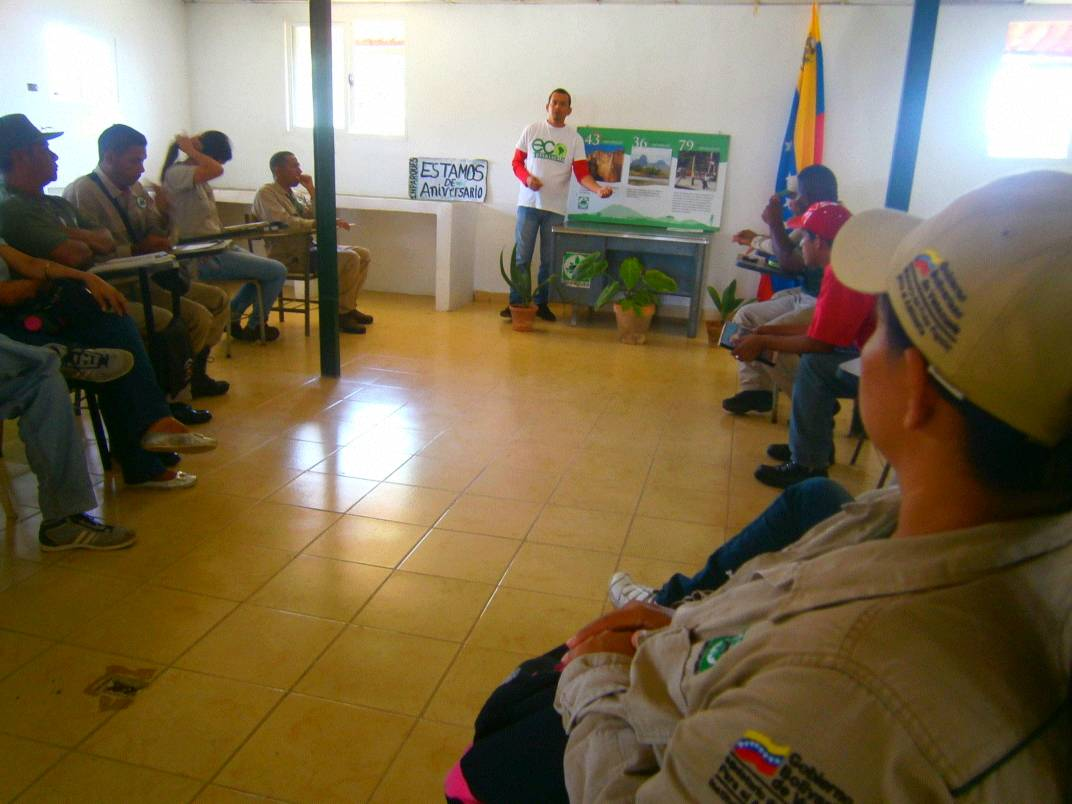 Inparques efectúa conversatorio sobre parques nacionales en Falcón