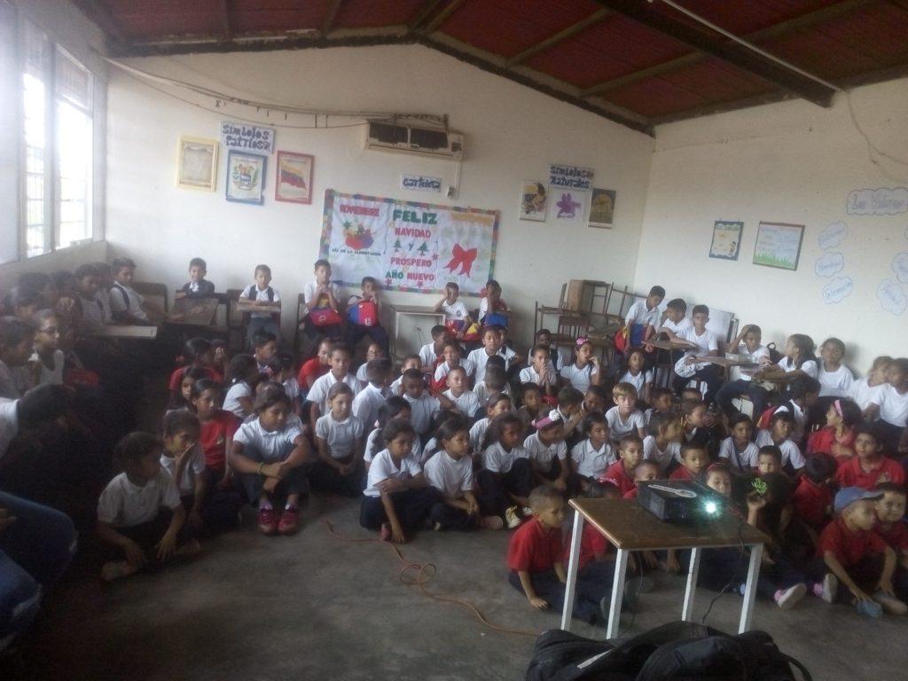 Inparques Monagas realiza conversatorios en escuelas sobre Día del Aire Puro