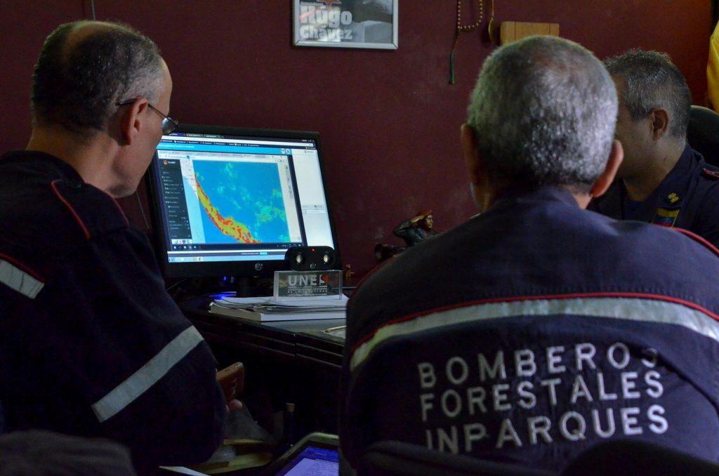 Bomberos Forestales de Inparques participan en lanzamiento de TerraMA2Q