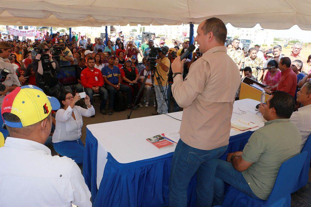 Embellecen espacios del urbanismo 480 años de la GMVV en el estado Falcón