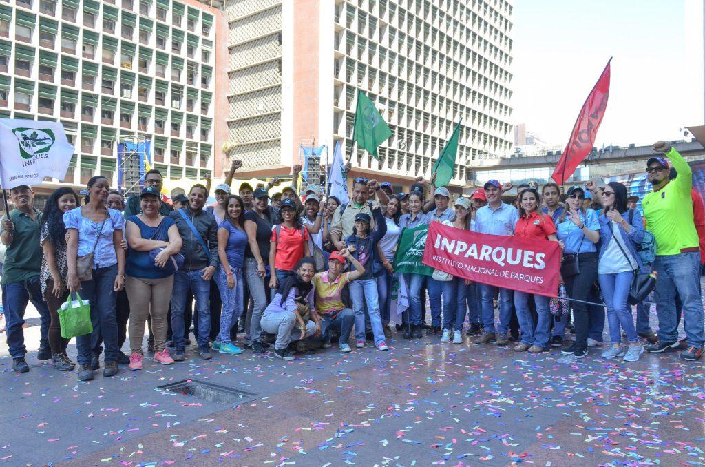 Pueblo revolucionario respaldó inscripción de candidatura del presidente Maduro ante el CNE
