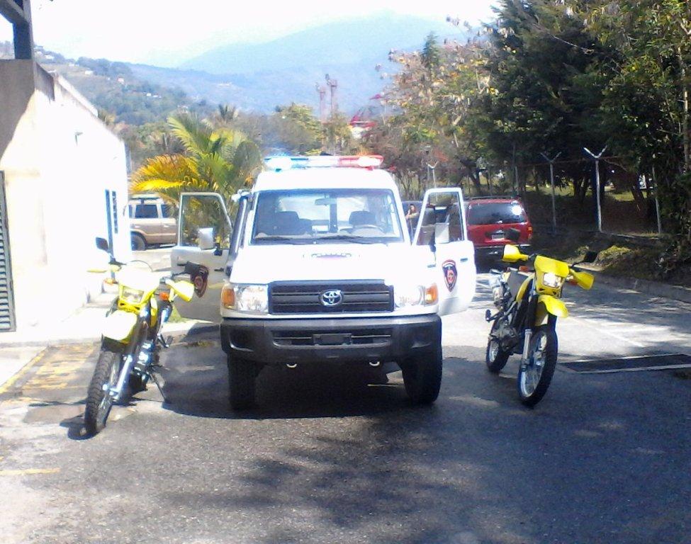 Bomberos Forestales de Inparques Mérida recibieron dotación de vehículos