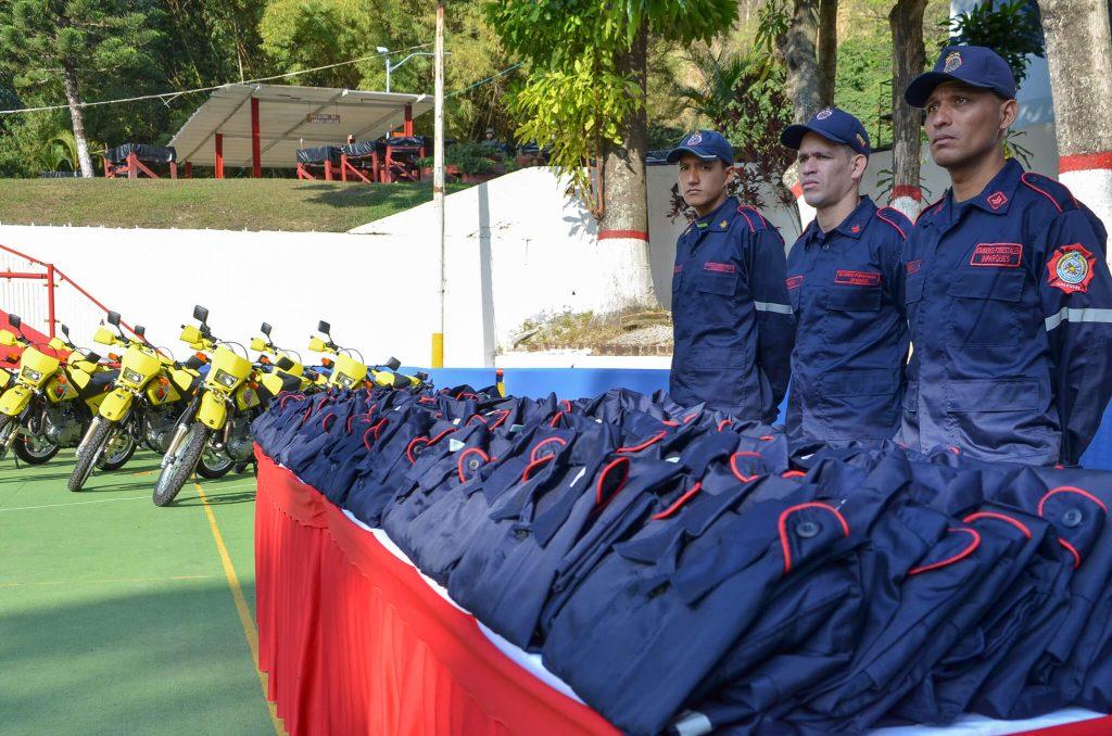 Bomberos Forestales de Inparques  recibieron equipamientos logísticos y tácticos en Caracas