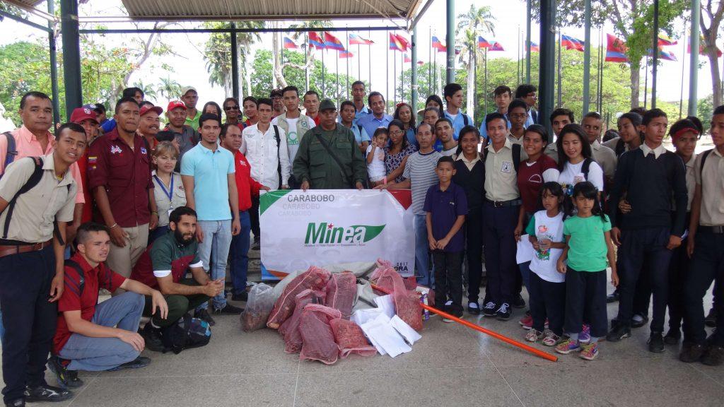 Inparques participó en jornada de recolección de semillas en el Parque Recreacional Sur de Valencia