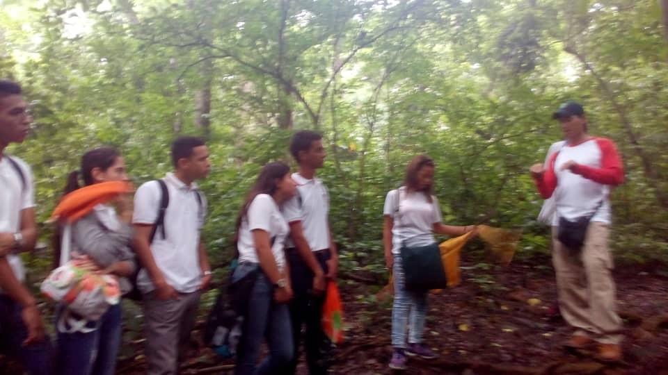 Estudiantes de la Unefa visitan espacios naturales del Parque Nacional Yurubí