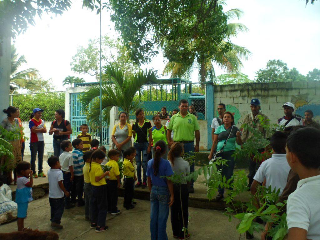 Inparques y Zona Educativa activan jornadas de reforestación en Yaracuy