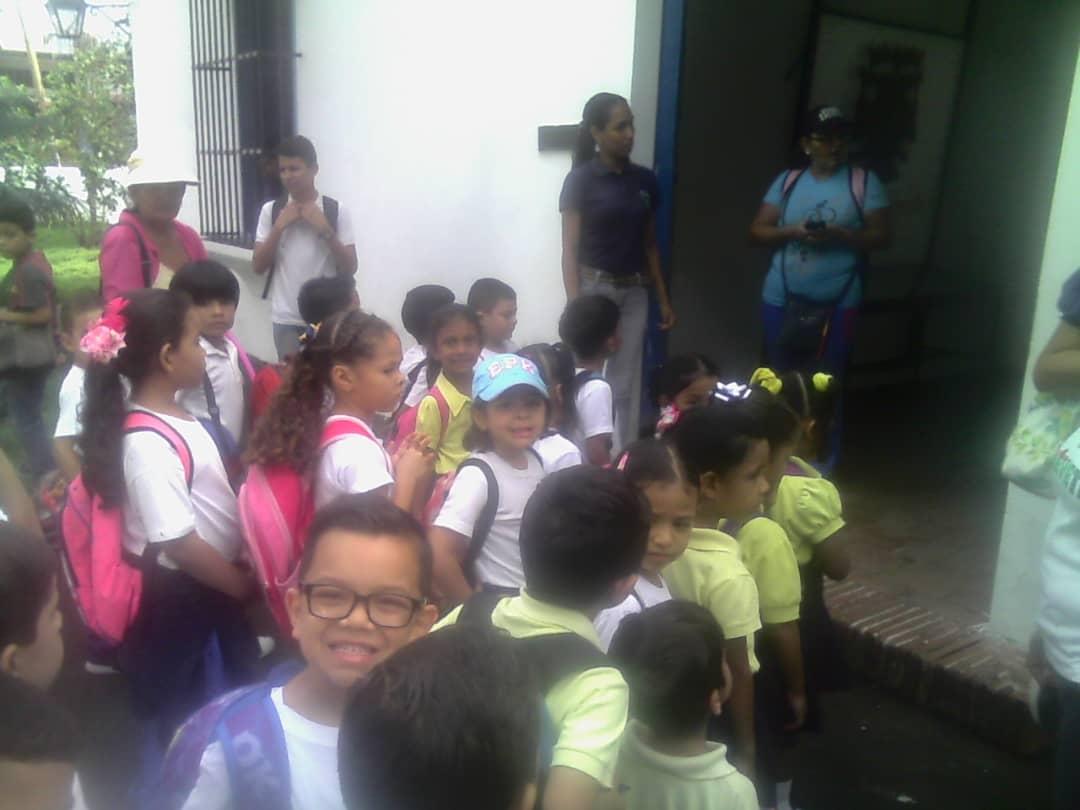 """Estudiantes del Colegio Integral """"El Ávila"""" pasearon por los Parques Recreacionales de Yaracuy"""