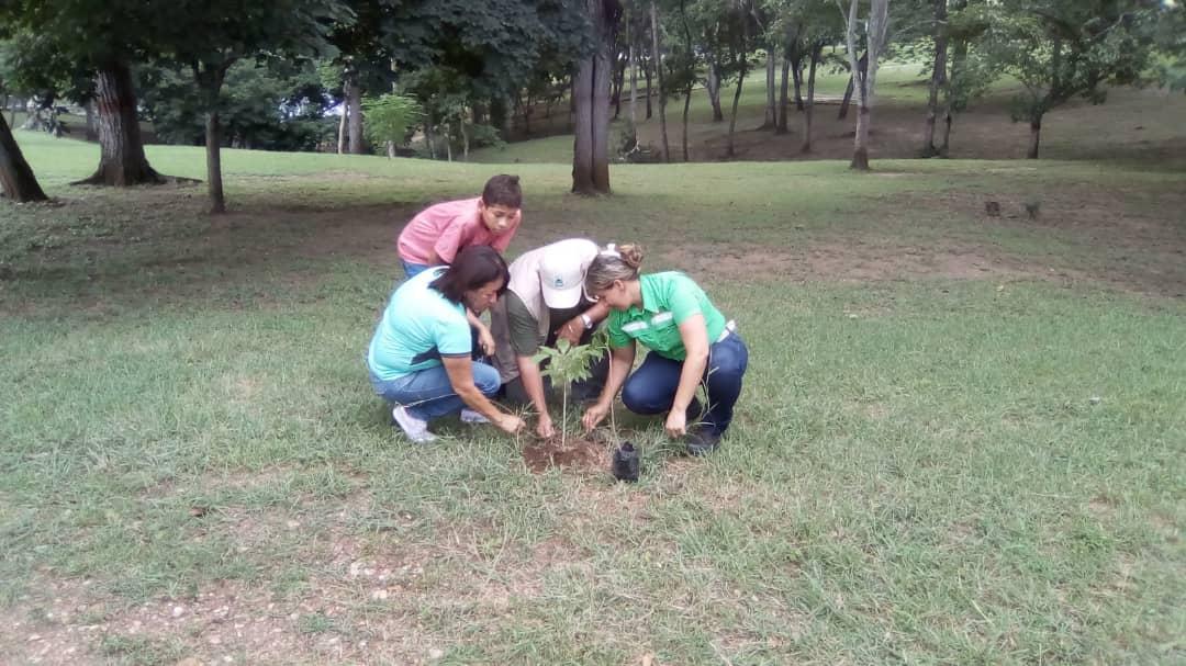 Estudiantes de Educación Básica visitan el Parque Recreacional Embalse Cumaripa