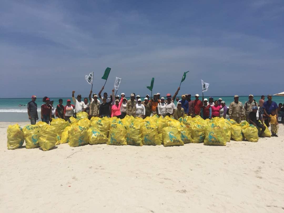 Parque Nacional Morrocoy recibió un cariñito durante el Día Mundial de las Playas