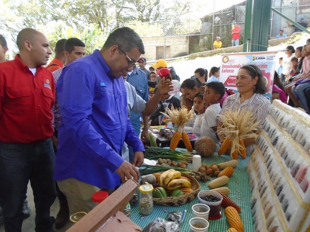 Ministro Rangel participó en el Día Nacional de la Semilla Campesina