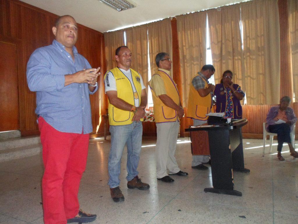 Inparques une esfuerzos con el Club los Leones para consolidar el cuidado del ambiente