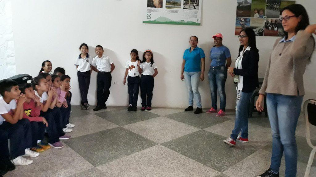 """Barinas sigue impulsando Programa """"Inparques va a la escuela"""""""