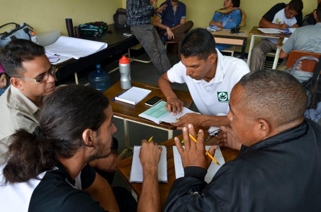 Técnicos de Inparques conformaron Mesas de Trabajo en la UBV