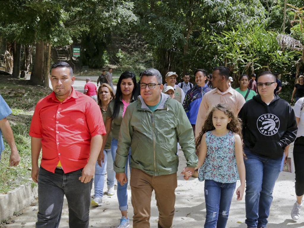 Ministro Heryck Rangel visitó el Zoológico de Caricuao en el Día Mundial de la Educación Ambiental