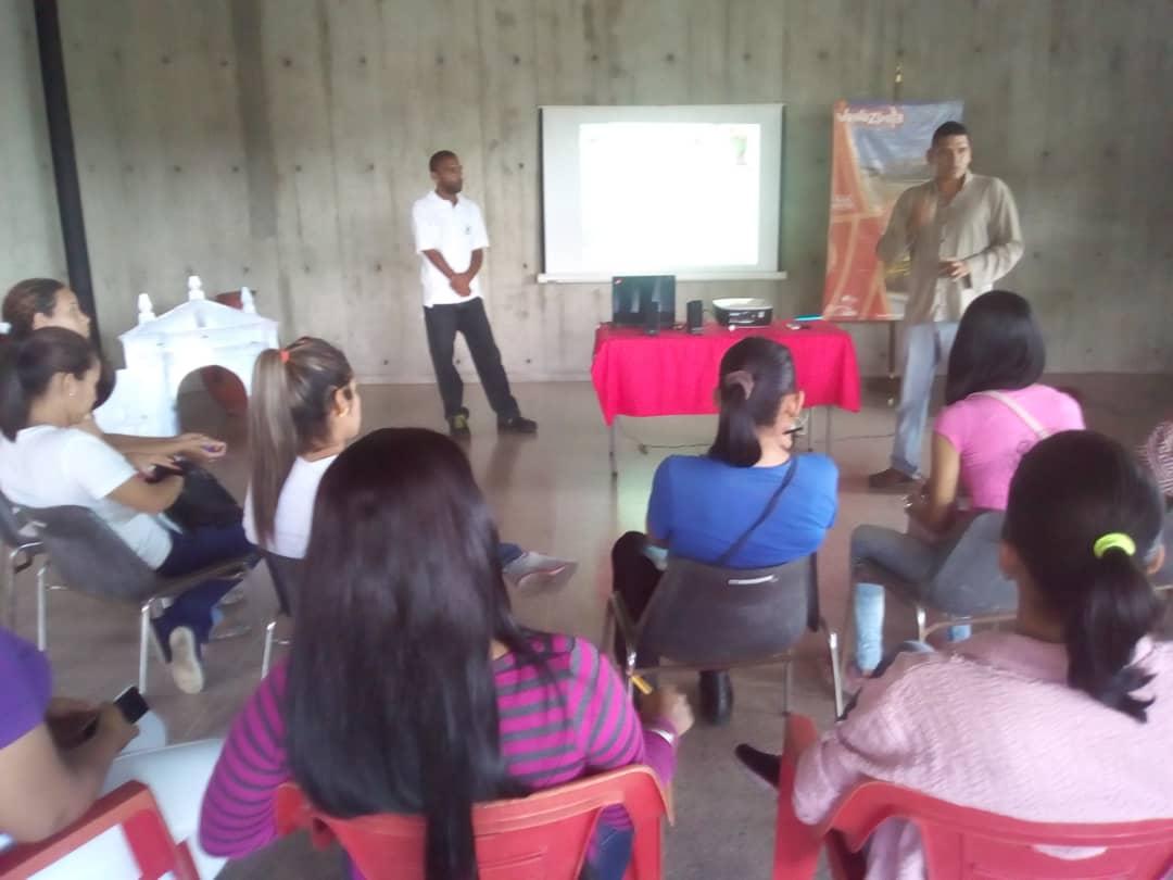 Inparques Yaracuy impartió taller a servidores públicos del sector turístico