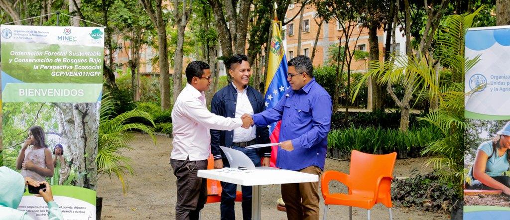Venezuela y FAO suscriben acuerdos de cooperación para fortalecer reforestación en el país
