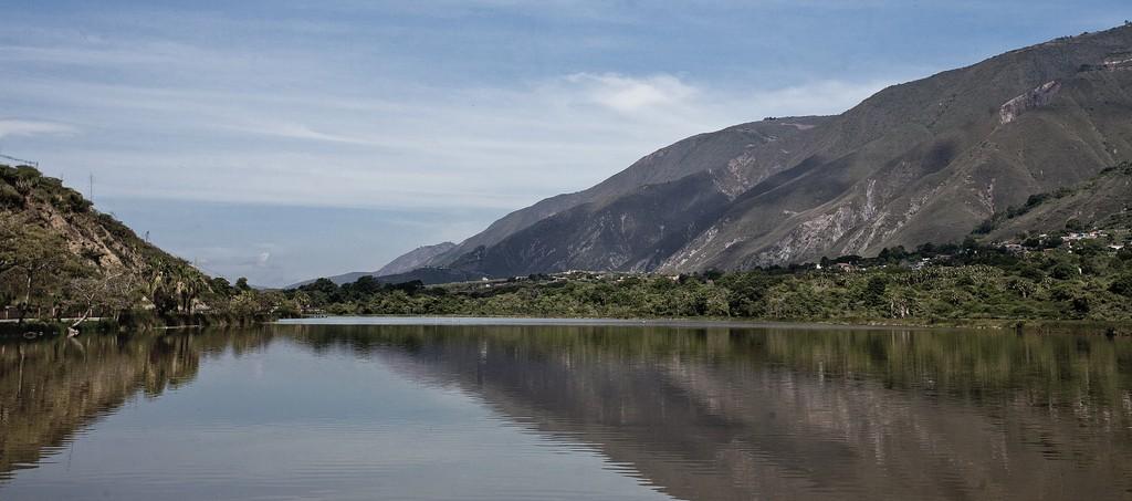 Monumento Natural Laguna de Urao arriba a 40 años