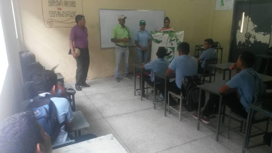Estudiantes de Apure recibieron charla de sensibilización ambiental