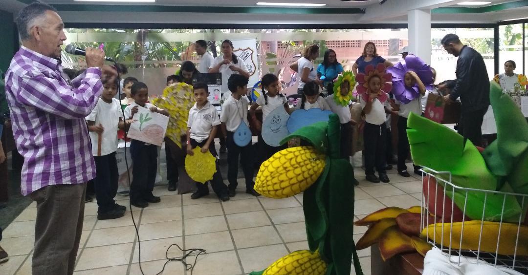 Estudiantes celebraron el Día de los Bosques Tropicales en el Parque Generalísimo Francisco de Miranda
