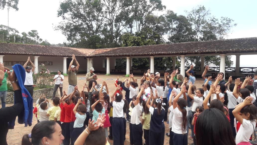 Inparques celebra el Día del Niño en el Parque Nacional Waraira Repano