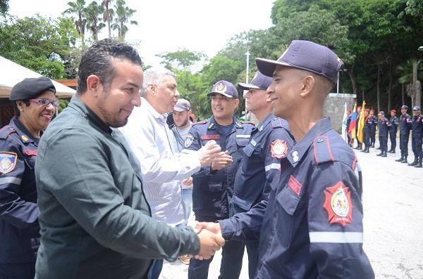 Ascendidos 76 combatientes forestales de Inparques